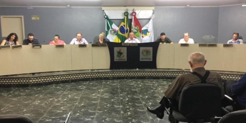 Legislativo reuniu-se nessa terça-feira, dia 29, para a Quarta Sessão Ordinária do mês