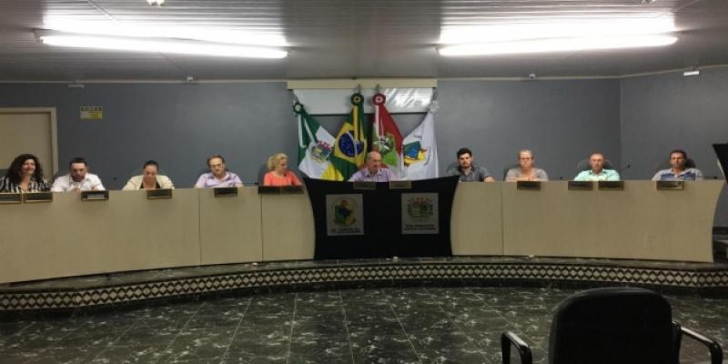 Legislativo reuniu-se nessa terça-feira, dia 15, para a Terceira Sessão Ordinária do mês
